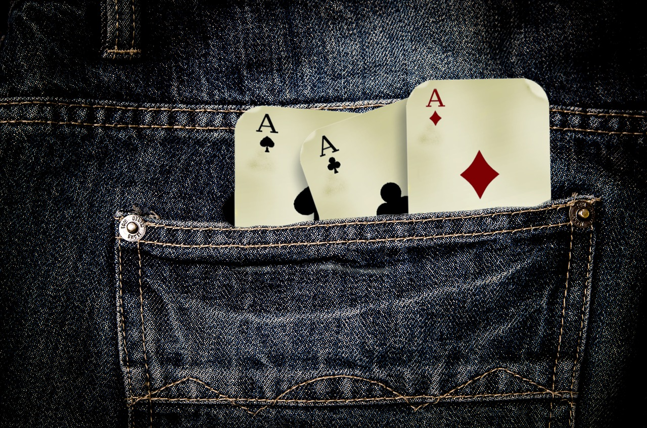 find out how to win at popular casino games like poker and blackjack
