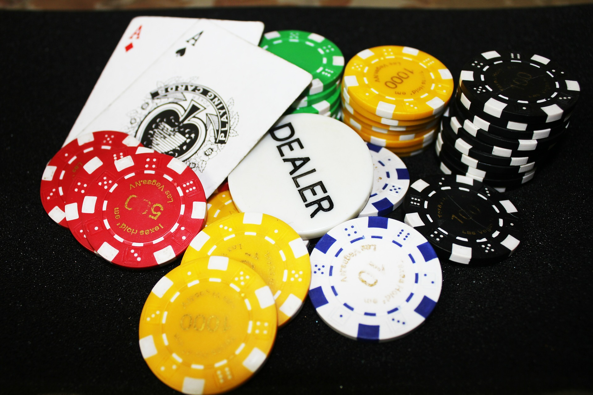 Find the best online blackjack games for real money.