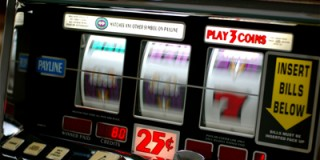 House edge is important factor whenplaying slots online