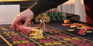 find out how you can get freebies and more from online casinos