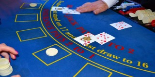 Tips for winning on real money online blackjack.